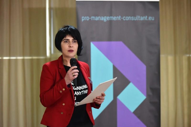 """Prezentare Monica Antohe – speaker """"Rețeaua – Pasul 1: Ieșirea din PRăpastie"""", Iasi, 29 ianuarie 2015"""